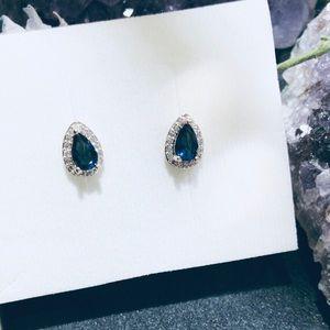 Pear-Shaped Blue Sapphire Stud Earrings Halo
